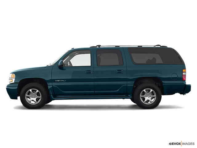 2005 GMC Yukon XL Denali Vehicle Photo in Portland, OR 97225