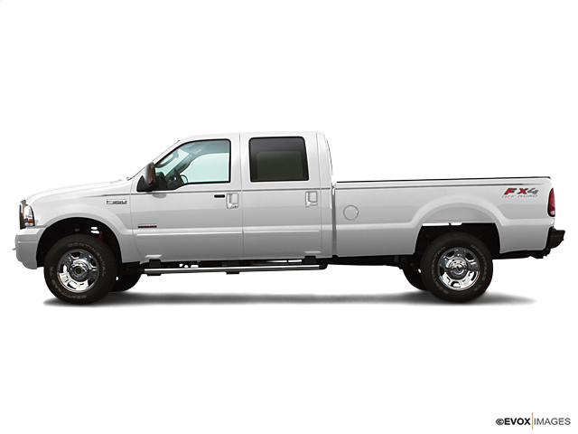 2005 Ford Super Duty F-350 DRW Vehicle Photo in Bend, OR 97701