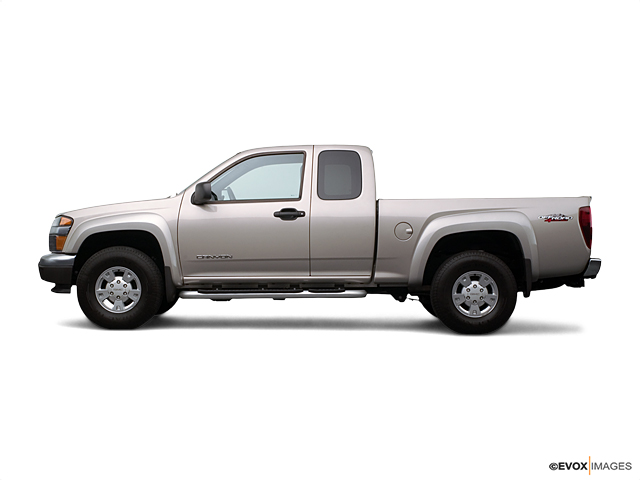 2004 GMC Canyon Vehicle Photo in Akron, OH 44320