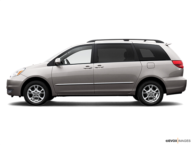 2005 Toyota Sienna Vehicle Photo in Moon Township, PA 15108