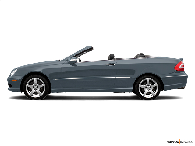 2005 Mercedes-Benz CLK-Class Vehicle Photo in Mission, TX 78572