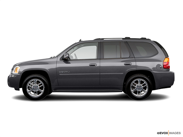 2006 GMC Envoy Vehicle Photo in Detroit, MI 48207