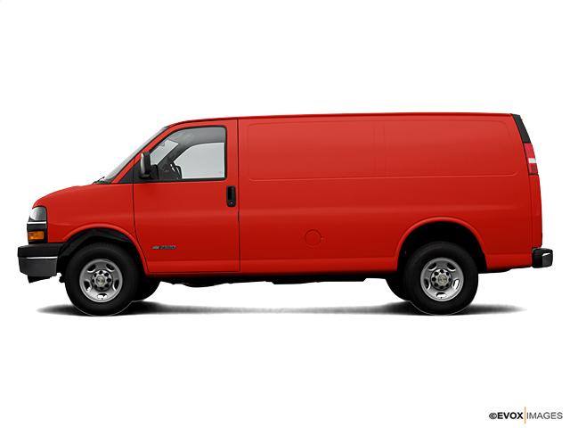 2006 Chevrolet Express Cargo Van Vehicle Photo in Long Island City, NY 11101