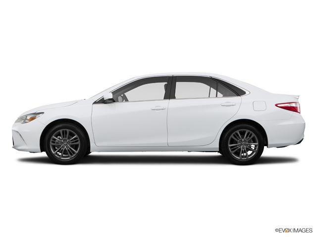 Used Super White 2015 Toyota Camry 4dr Sdn I4 Auto SE (SE ...