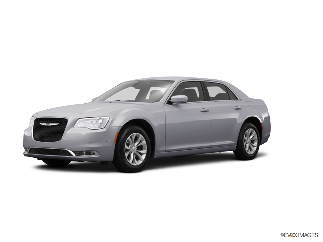 2015 Chrysler 300 Vehicle Photo in Decatur, IL 62526