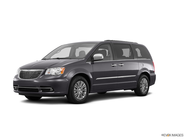 2016 Chrysler Town & Country Vehicle Photo in Greeley, CO 80634