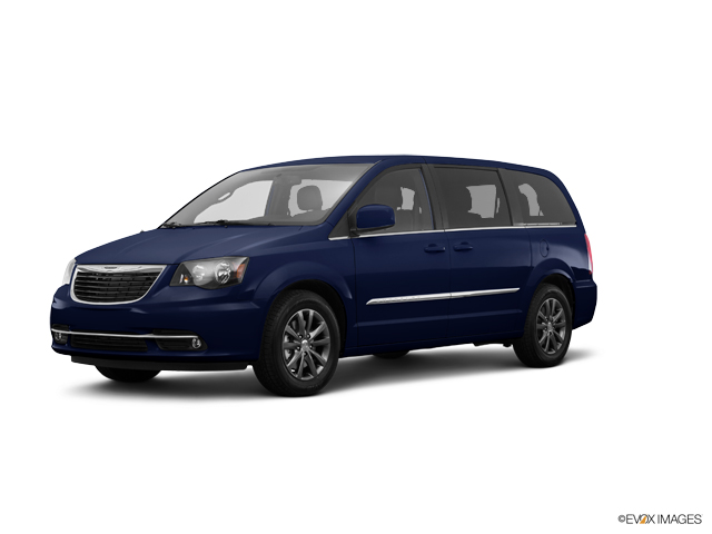 2016 Chrysler Town & Country Vehicle Photo in Tallahassee, FL 32304