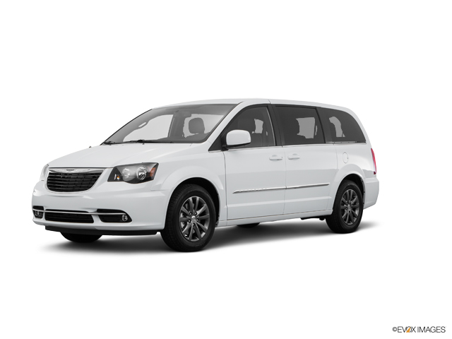 2016 Chrysler Town & Country Vehicle Photo in Lincoln, NE 68521