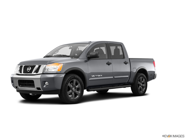 2015 Nissan Titan Vehicle Photo in Moon Township, PA 15108