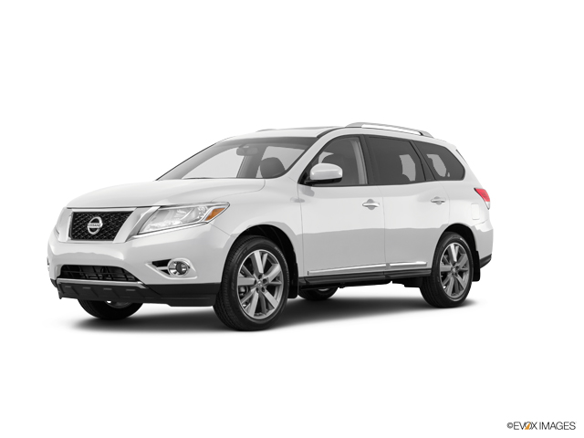 2016 Nissan Pathfinder Vehicle Photo in Columbia, TN 38401
