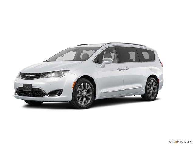 2017 Chrysler Pacifica Vehicle Photo in Knoxville, TN 37912