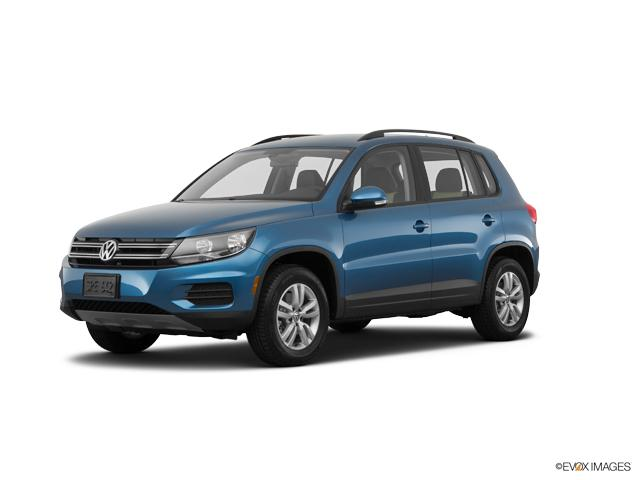 2017 Volkswagen Tiguan Vehicle Photo in Joliet, IL 60435
