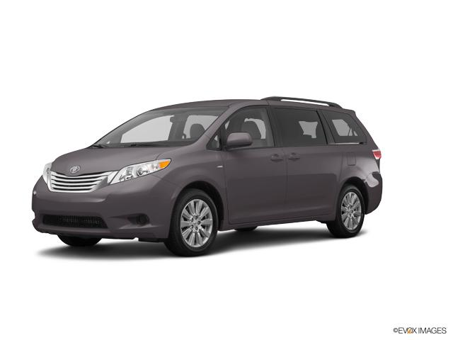2017 Toyota Sienna Vehicle Photo in Edinburg, TX 78539