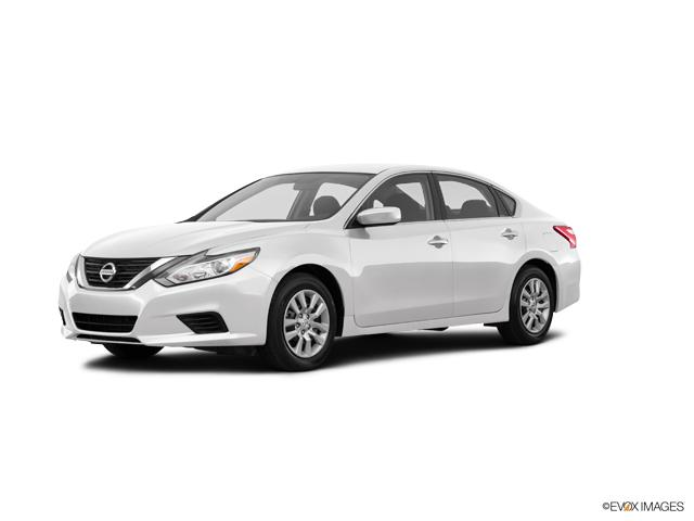 2017 Nissan Altima Vehicle Photo in Independence, MO 64055