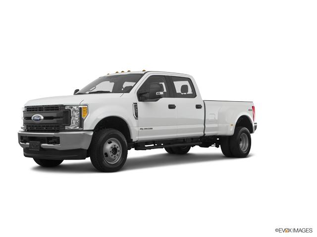 2017 Ford Super Duty F-350 DRW Vehicle Photo in Wilmington, NC 28403