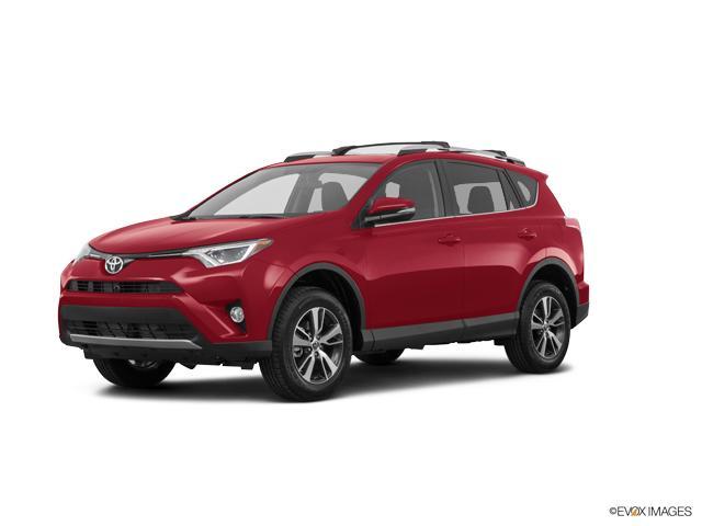 2017 Toyota RAV4 Vehicle Photo in Avon, CT 06001