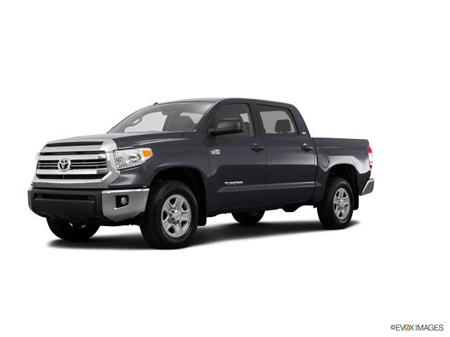 2017 Toyota Tundra 2WD Vehicle Photo in Van Nuys, CA 91401