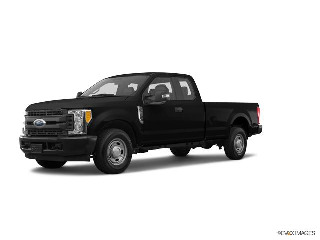 2017 Ford Super Duty F-250 SRW Vehicle Photo in Gardner, MA 01440