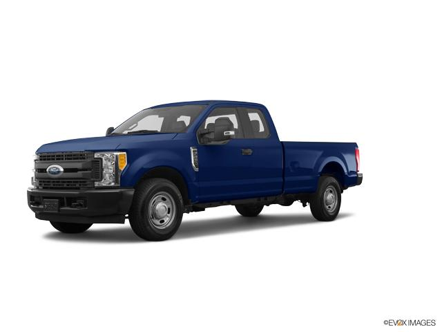 2017 Ford Super Duty F-250 SRW Vehicle Photo in Danville, KY 40422