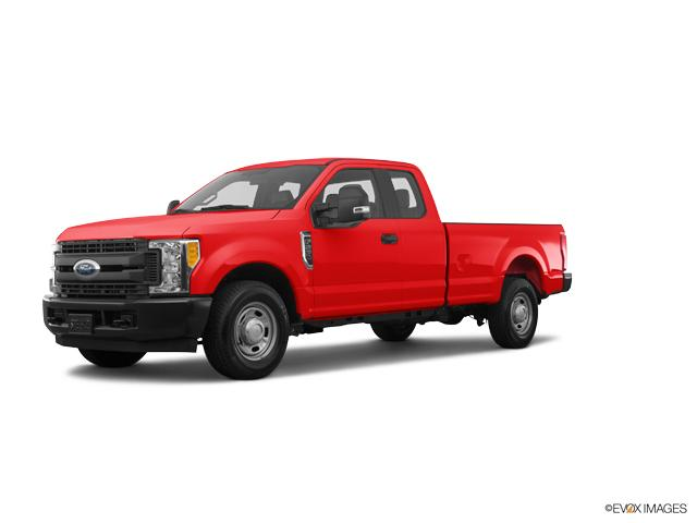 2017 Ford Super Duty F-250 SRW Vehicle Photo in Janesville, WI 53545