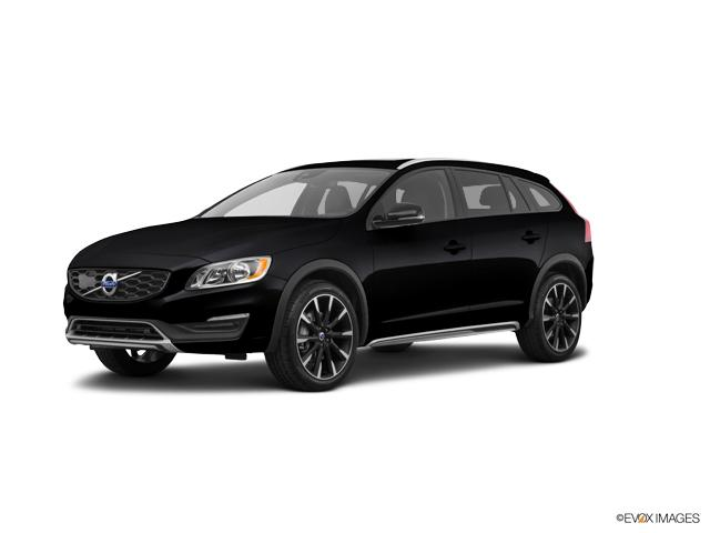 2017 Volvo V60 Cross Country Vehicle Photo in Charleston, SC 29407