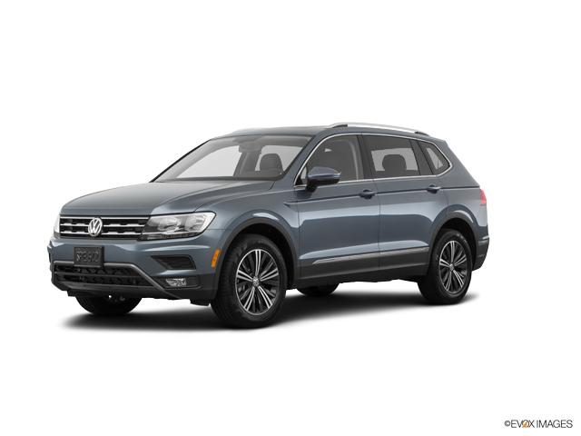 2018 Volkswagen Tiguan Vehicle Photo in Danbury, CT 06810