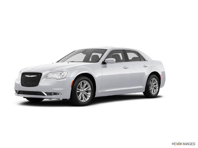 2018 Chrysler 300 Vehicle Photo in Florence, AL 35630