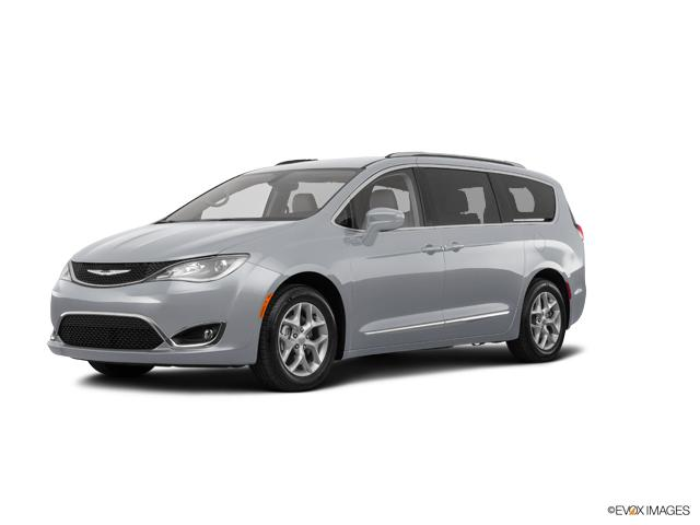 2018 Chrysler Pacifica Vehicle Photo in Morrison, IL 61270
