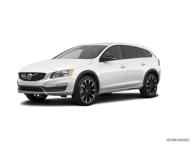 2018 Volvo V60 Cross Country Vehicle Photo in Grapevine, TX 76051