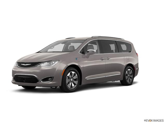 2018 Chrysler Pacifica Vehicle Photo in Doylsetown, PA 18901