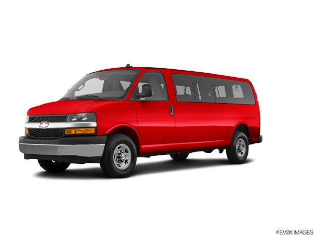 2018 Chevrolet Express Passenger Vehicle Photo in Saginaw, MI 48609