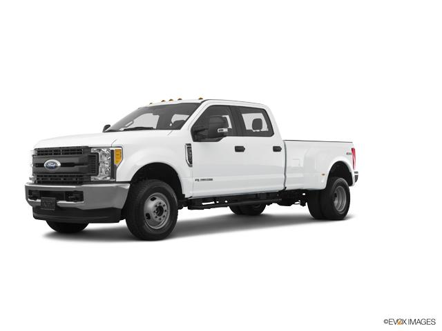 2018 Ford Super Duty F-350 DRW Vehicle Photo in Colorado Springs, CO 80920