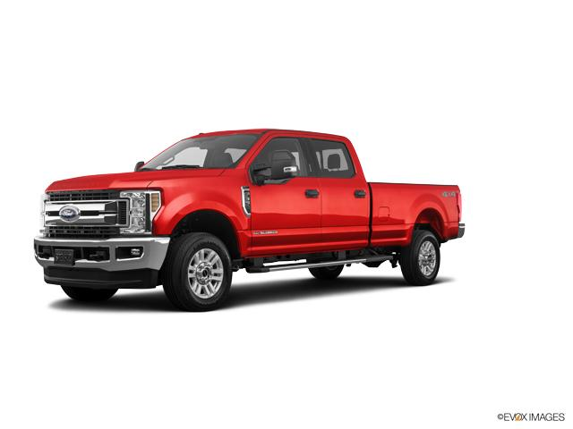 2019 Ford Super Duty F-350 SRW Vehicle Photo in Quakertown, PA 18951-1403