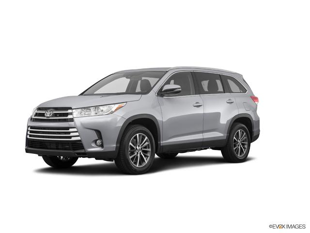 2019 Toyota Highlander Vehicle Photo in Greeley, CO 80634