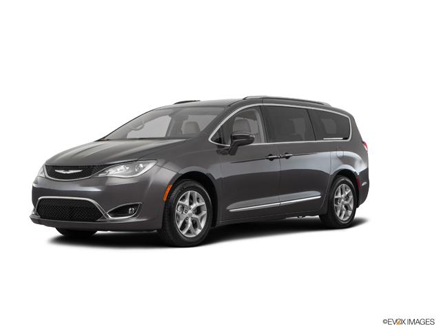 2019 Chrysler Pacifica Vehicle Photo in Mukwonago, WI 53149