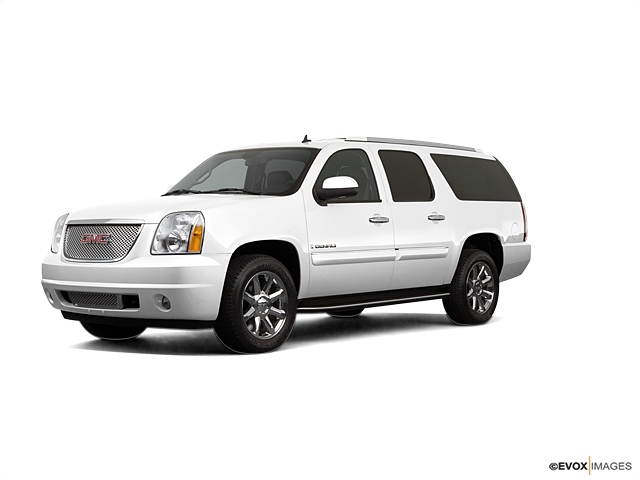 2007 GMC Yukon XL Denali Vehicle Photo in Bend, OR 97701