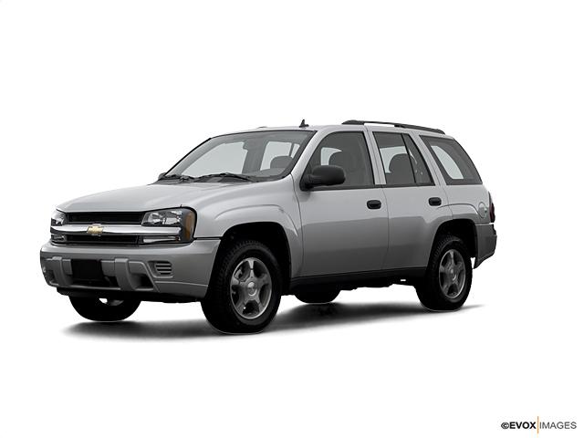 2007 Chevrolet TrailBlazer Vehicle Photo in Massena, NY 13662