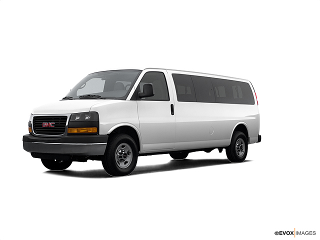 2007 GMC Savana Passenger Vehicle Photo in Greeley, CO 80634