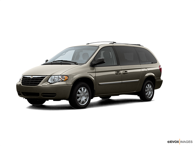 2007 Chrysler Town & Country LWB Vehicle Photo in Hudsonville, MI 49426
