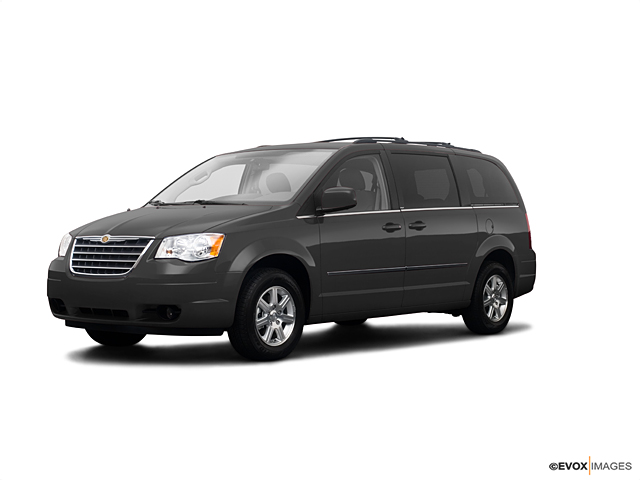 2009 Chrysler Town & Country Vehicle Photo in Akron, OH 44303
