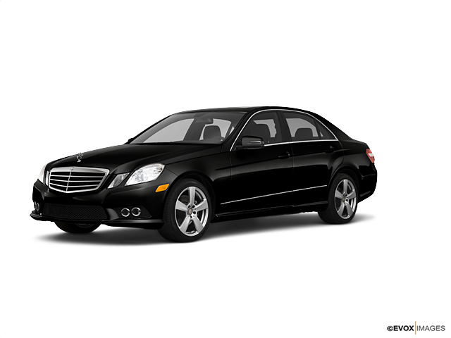2010 Mercedes-Benz E-Class Vehicle Photo in Columbus, GA 31904