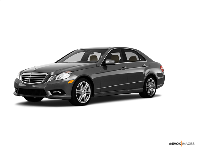 2010 Mercedes-Benz E-Class Vehicle Photo in Owensboro, KY 42303