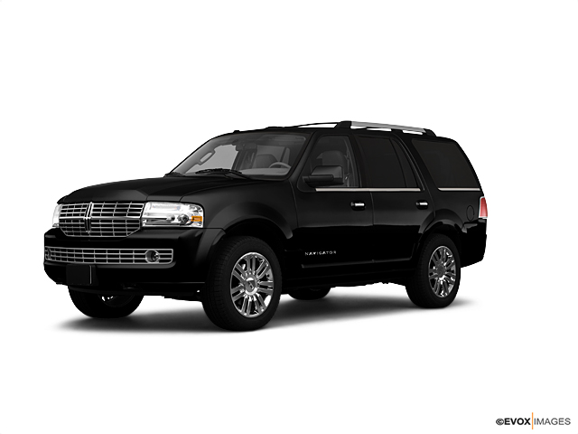 2010 LINCOLN Navigator Vehicle Photo in Elkhorn, WI 53121