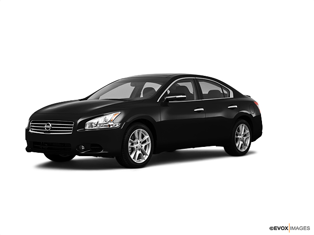 2010 Nissan Maxima Vehicle Photo in Akron, OH 44312