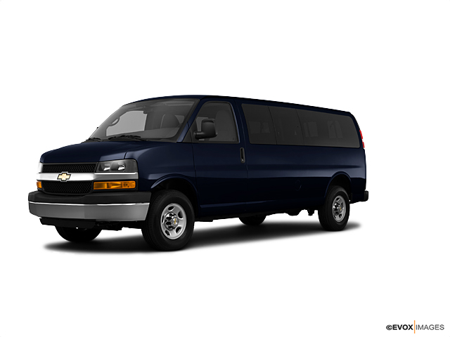 2010 Chevrolet Express Passenger Vehicle Photo in Hudson, MA 01749