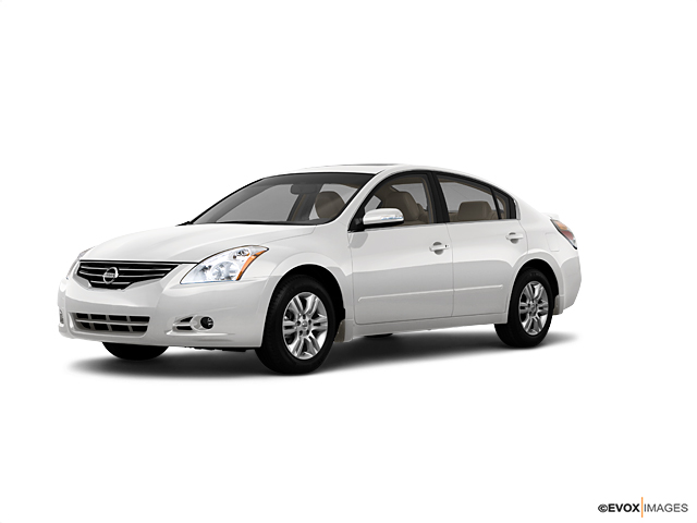 2010 Nissan Altima Vehicle Photo in Akron, OH 44312