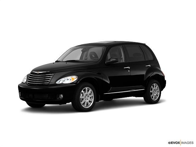 2010 Chrysler PT Cruiser Classic Vehicle Photo in Akron, OH 44303