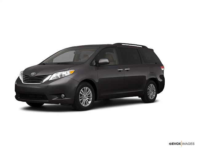 2011 Toyota Sienna Vehicle Photo in Decatur, IL 62526