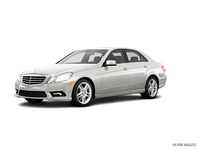 2011 Mercedes-Benz E-Class Vehicle Photo in Merriam, KS 66203
