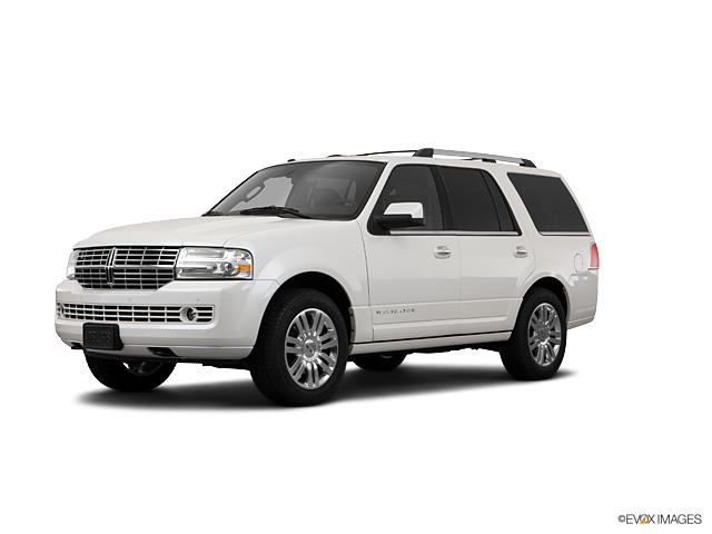 2011 LINCOLN Navigator Vehicle Photo in Poughkeepsie, NY 12601